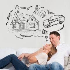 זוג שחולם על רכב, בית וריהוט וזקוק להלוואה