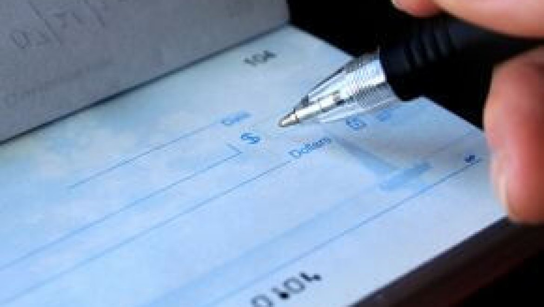 כיצד מקבלים הלוואה בשיקים